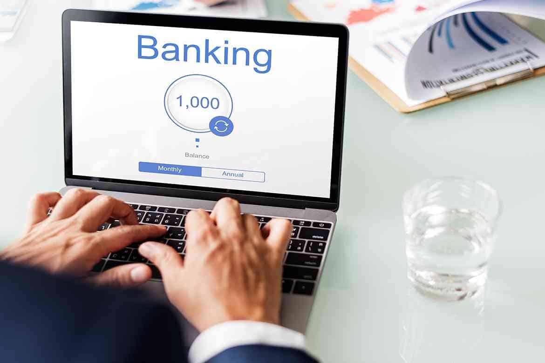 Chuyển tiền từ Techcombank sang Vietcombank qua Internet Banking