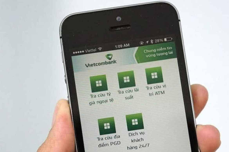 Sử dụng dịch vụ SMS Banking Vietcombank có mất phí không?