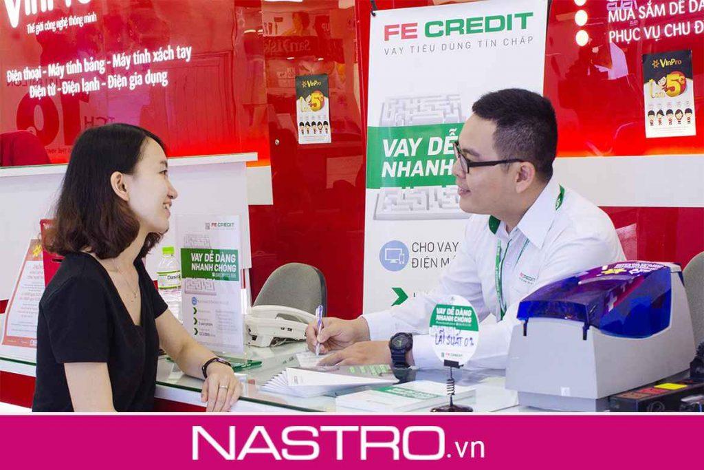 Fe Credit tính phí phạt trả chậm như thế nào?